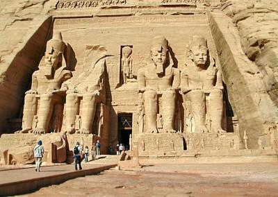 templo Abu Simbel. XIX dinastia, 1554-1080 A.C.