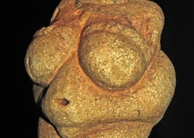 Vênus de Willendorf, 24.000-22.000 A.C.