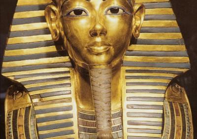 Máscara mortuária de Tutankhamon, XVIII dinastia, 1554-1080 A.C.