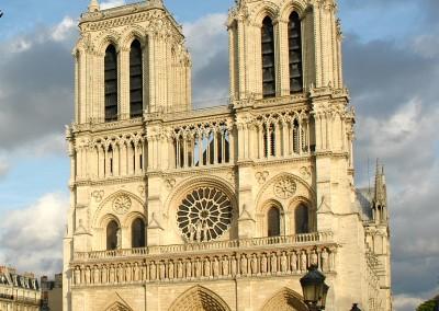 Catedral de Notre Dame, Paris, 1163-1345.