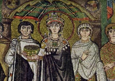 Teodora e seu séquito. Basílica de São Vital, 546-548.