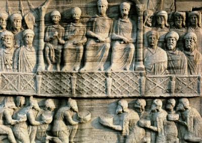 Alto relevo em sarcófago, século IV.