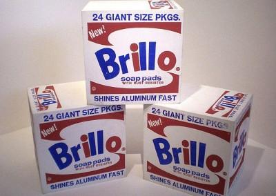 Warhol, Andy. caixas de sabão Brillo, 1964.